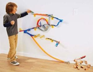 hot wheels wall tracks starterset w2109 ratgeber. Black Bedroom Furniture Sets. Home Design Ideas
